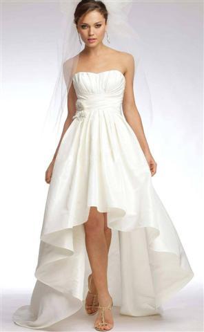 Свадебные платья к коротким передом