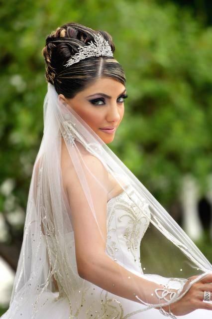 Свадебные образы невесты с фатой