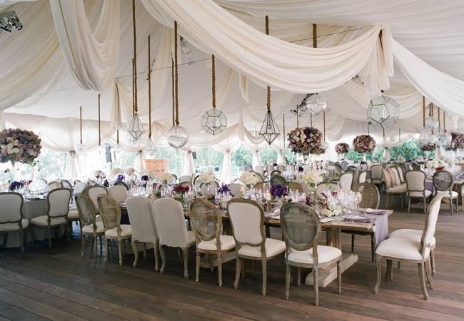 Оформление свадебного зала в пастельных тонах