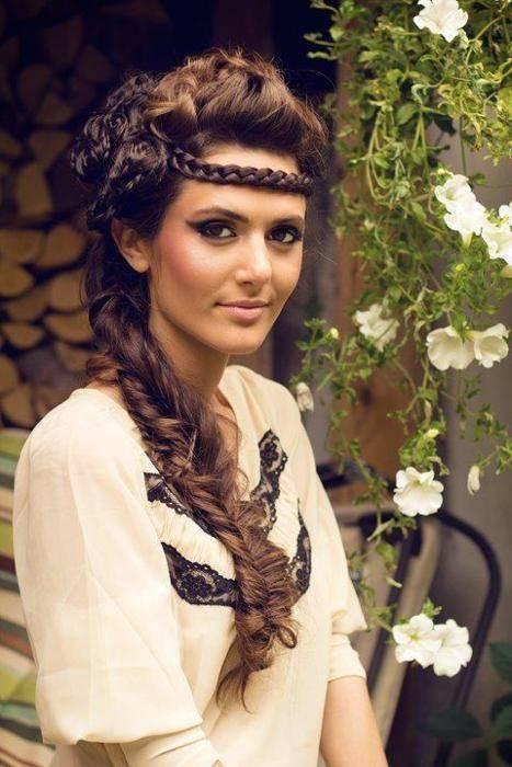 Прически греческого стиля с косами