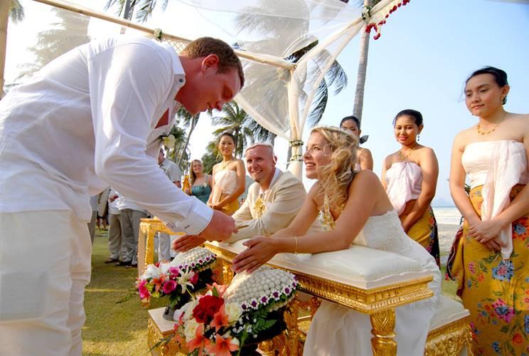 Свадебные традиции и конкурсы в разных странах мира